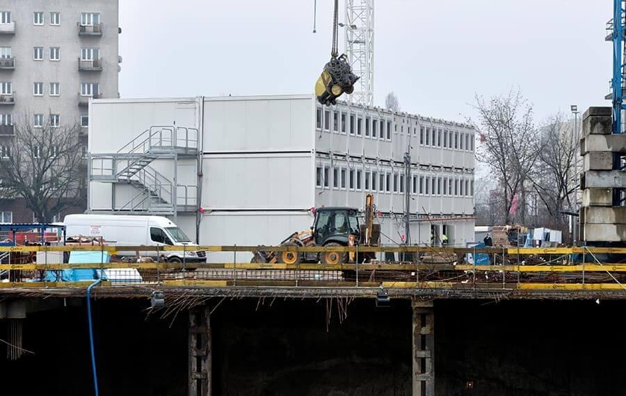 Budowa Skylinera w Warszawie